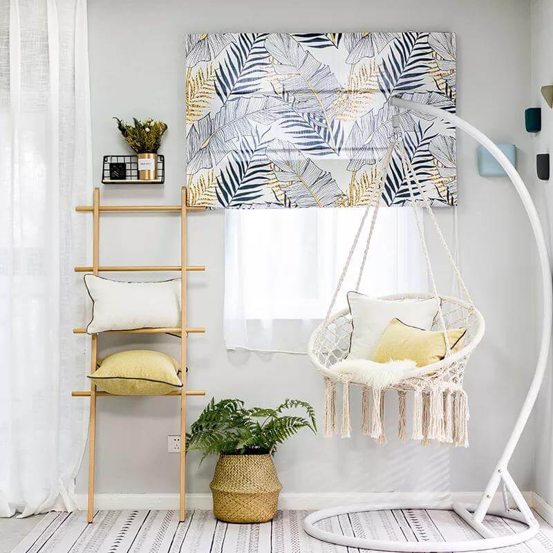 Lift-curtain