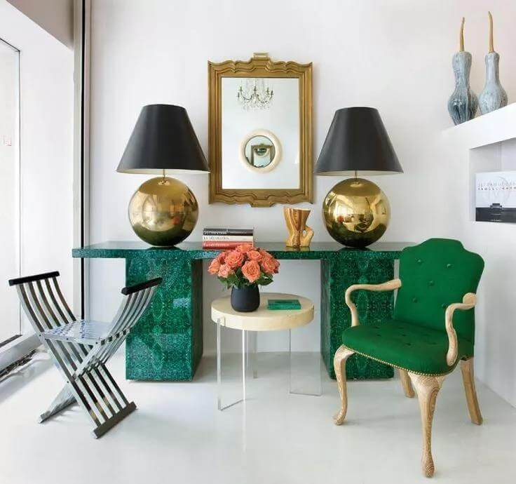 green-white-decoration